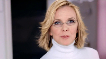 L'Oreal Excellence Creme TV Spot, 'Why Not' Featuring Diane Keaton - Thumbnail 4