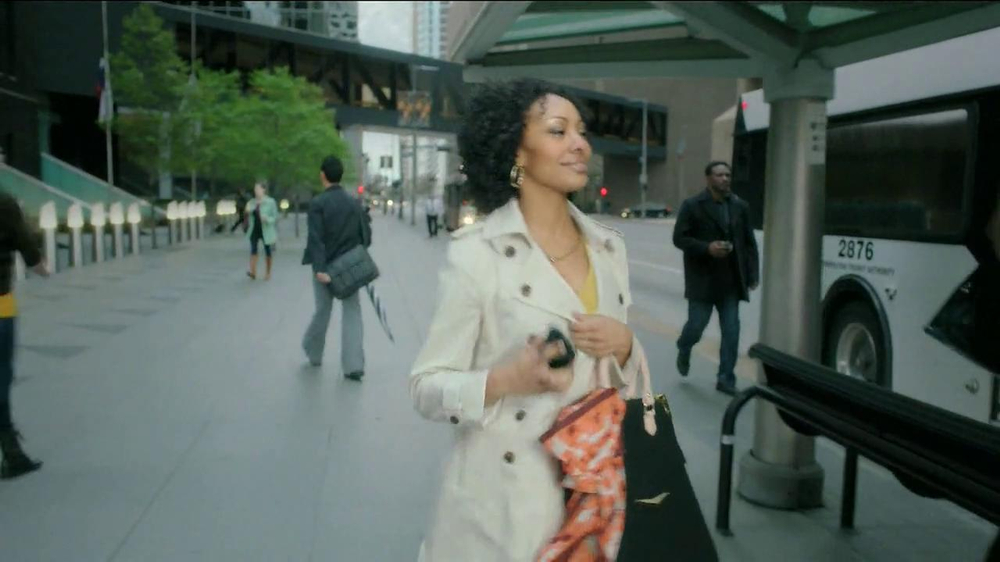 CTIA The Wireless Association TV Commercial, 'Bus and Tractor'