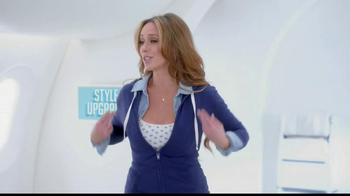 Old Navy TV Spot, 'Airplane' Featuring Julie Hagerty, Jennifer Love Hewitt - Thumbnail 5