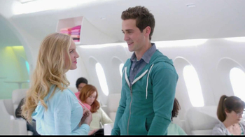 Old Navy TV Spot, 'Airplane' Featuring Julie Hagerty, Jennifer Love Hewitt - Thumbnail 7