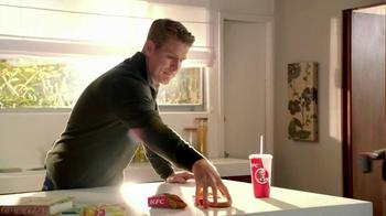 KFC Bites with Gravy TV Spot, 'Daughter' - Thumbnail 7
