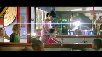 Chuck E. Cheese's Value Menu TV Spot, 'Promise' - Thumbnail 2