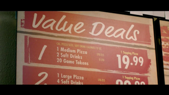 Chuck E. Cheese's Value Menu TV Spot, 'Promise' - Thumbnail 7