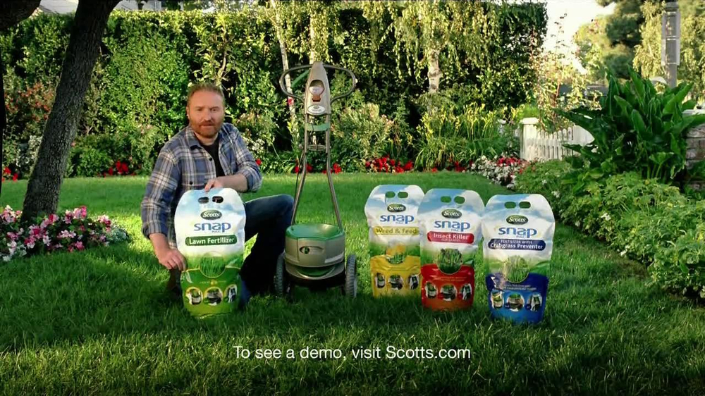 Scotts Snap Spreader TV Commercial, 'Neighbors'