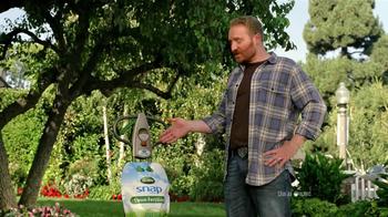 Scotts Snap Spreader TV Spot, 'Neighbors' - Thumbnail 6