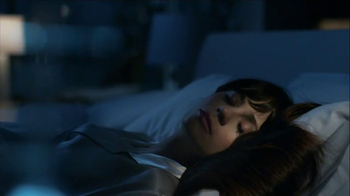 Pantene Overnight Miracle TV Spot, 'Tonight's Dare' Feat. Zooey Deschanel - Thumbnail 3