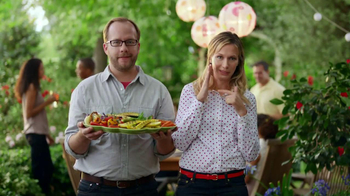 Miracle-Gro Liquafeed TV Spot, 'Tales from the Garden: Foodies' - Thumbnail 10