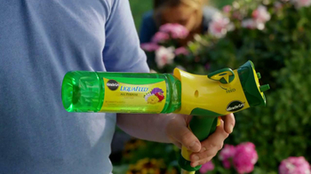 Miracle-Gro Liquafeed TV Spot, 'Tales from the Garden: Foodies' - Thumbnail 5
