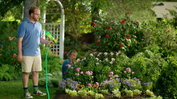 Miracle-Gro Liquafeed TV Spot, 'Tales from the Garden: Foodies' - Thumbnail 6
