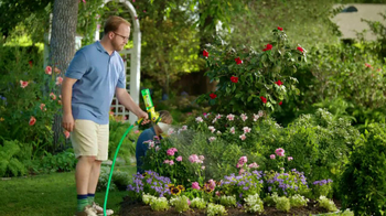 Miracle-Gro Liquafeed TV Spot, 'Tales from the Garden: Foodies' - Thumbnail 7
