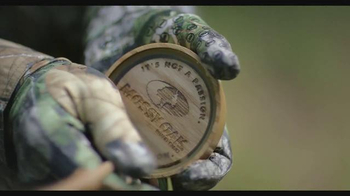 Mossy Oak Obsession TV Spot, 'The Definitive Spring Pattern' - Thumbnail 6