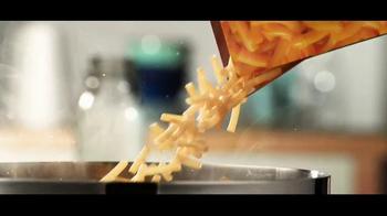 Kraft Macaroni & Cheese TV Spot, 'Pots Galore' - Thumbnail 8