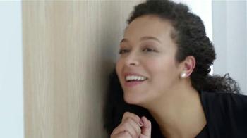 Macy's TV Spot, 'Cambio de Imagen' Con Thalia [Spanish] - Thumbnail 7