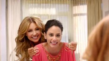 Macy's TV Spot, 'Cambio de Imagen' Con Thalia [Spanish] - Thumbnail 8