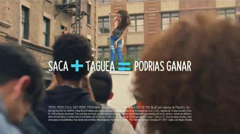 Pepsi TV Spot, 'Premios Musicales' Con Charli XCX [Spanish] - Thumbnail 6