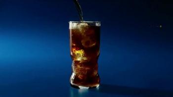 Pepsi TV Spot, 'Premios Musicales' Con Charli XCX [Spanish] - Thumbnail 8