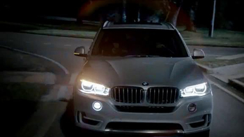 2015 BMW X5 xDRIVE35i TV Spot, 'Moonroof' - Thumbnail 5