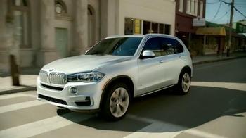 2015 BMW X5 xDRIVE35i TV Spot, 'Sports Activity Sales Event: Heads Up' - Thumbnail 1