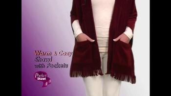 Pocket Shawl TV Spot, 'Warm and Cozy' - Thumbnail 2