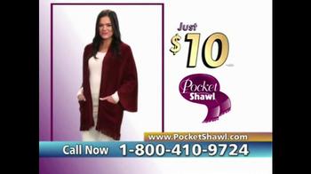 Pocket Shawl TV Spot, 'Warm and Cozy' - Thumbnail 8