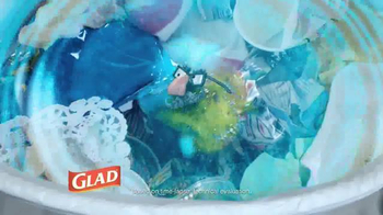 Glad Scented Forceflex Odorshield TV Spot, 'The Fish!' - Thumbnail 5