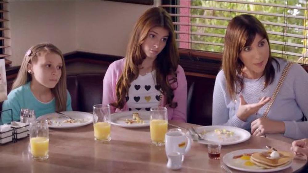 Denny's Everyday Value Slam TV Commercial, 'Listo Para ir de Compras'