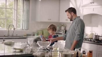 Cascade Platinum TV Spot, 'Non-Stick' - Thumbnail 1