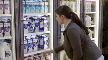 Lactaid Milk TV Spot, 'Don't Forget the Milk' - Thumbnail 3