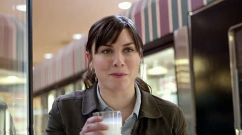 Lactaid Milk TV Spot, 'Don't Forget the Milk' - Thumbnail 7