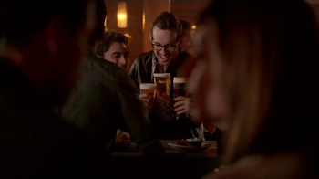 Applebee's Bar Snacks TV Spot, 'Great Night Out' - Thumbnail 7