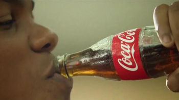 Coca-Cola TV Spot, 'Food Court' - Thumbnail 6