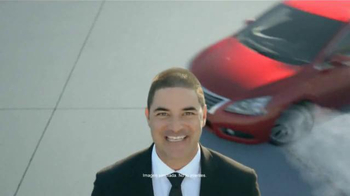 Nissan Bono Festivo TV Spot, 'Día del Presidente' [Spanish] - Thumbnail 1