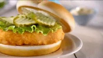 Wendy's North Pacific Cod TV Spot, 'Fish Bump' - Thumbnail 8