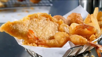 Long John Silver's Fish & Shrimp Basket TV Spot, 'Crave the Taste' - Thumbnail 4