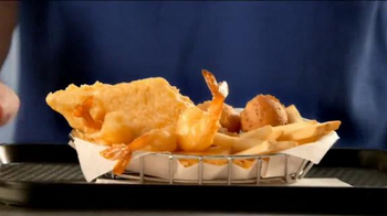 Long John Silver's Fish & Shrimp Basket TV Spot, 'Crave the Taste' - Thumbnail 7