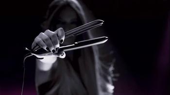 Clear Hair Care TV Spot, 'I Am Who I Am' Featuring Miranda Kerr - Thumbnail 3