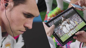 Microsoft TV Spot, 'Real Madrid: Passion Powers Passion' Feat. Gareth Bale - Thumbnail 3