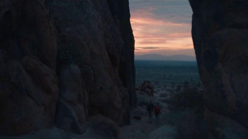 Hampton Inn & Suites TV Spot, 'Rising' Song by Belle & Sebastian - Thumbnail 6