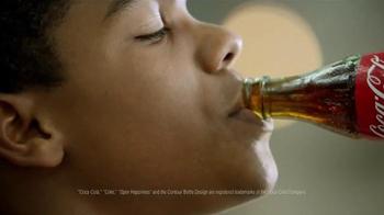 Coca-Cola TV Spot, 'Bicep' - Thumbnail 7