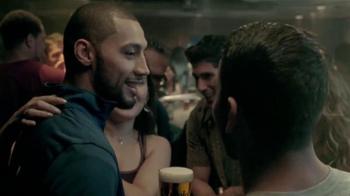 Modelo Especial TV Spot, 'Boxeadores' [Spanish] - Thumbnail 10