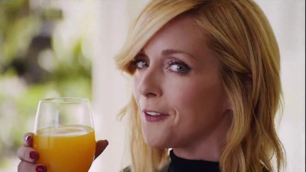 Tropicana Trop50 TV Commercial, 'My Trainer' Featuring Jane Krakowski - iSpot.tv