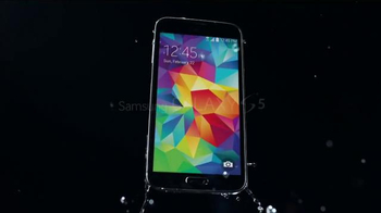 Samsung Galaxy S5 TV Spot, 'Designed to Make a Splash' - Thumbnail 8