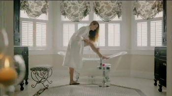 Barbasol and Pure Silk TV Spot, 'For Him and Her' - Thumbnail 5