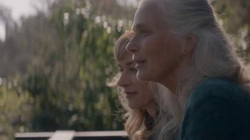 Zillow TV Spot, 'Lake House' Song by Benjamin Francis Leftwich - Thumbnail 8