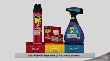 Raid Defense System TV Spot, 'Battling Ants' - Thumbnail 10