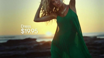 H&M TV Spot, 'Gisele for H&M' Featuring Gisele B�ndchen - Thumbnail 4