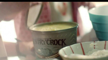 Country Crock TV Spot, 'Family Baking' - Thumbnail 3