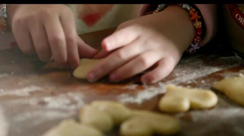 Country Crock TV Spot, 'Family Baking' - Thumbnail 6