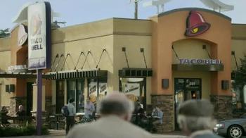 Taco Bell A.M. Crunchwrap TV Spot, 'One-Handed Breakfast' - Thumbnail 3