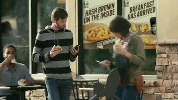 Taco Bell A.M. Crunchwrap TV Spot, 'One-Handed Breakfast' - Thumbnail 4